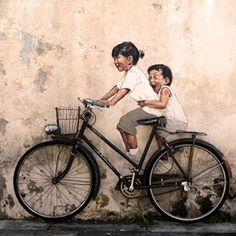 As part of the George Town festival in Penang, Malaysia, Lithuanian artist Ernest Zacharevic (25) is decorating the city walls with his clever street art.
