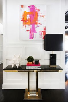 (via Glamour in the Suburbs - Home Tour - Lonny)