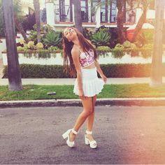 Eva | loving her outfit rn xxxxxxx