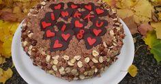 Kamomillan konditoria: Hasselpähkinäinen suklaatäytekakku