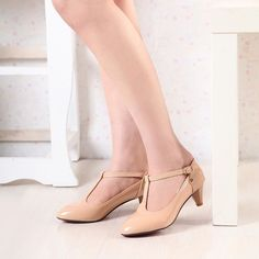 Womens T-Strap Kitten Heel Pointy Toe Mary Jane Patent  Pumps Low Heel Shoes