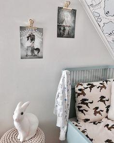 nouw.com/emmawendel #designbyangelakarlsson#mrsmighetto#inspo#inspiration#barnrum#kids#kidsinspo#sebra#minirodini#barnrumsinspo#barnrumsinredning#inspirationforbarn#inspirationforpojkar