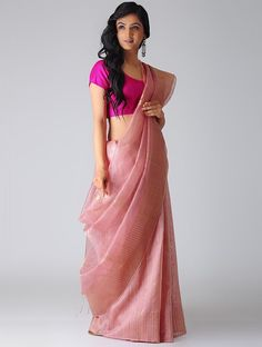 Need to know about the best Elegant Designer Indian Saree also things like Modern Saree also Elegant Sari Blouse then Click VISIT link above to read Cotton Saree Designs, Blouse Designs Silk, Saree Blouse Patterns, Saree Wearing Styles, Saree Styles, Sari Draping Styles, Sari Dress, Dress Up, Sari Blouse