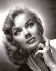 Marjorie Hellen (born March an American actress who worked under the name Leslie Parrish after she changed it in She is also an activist, an environmentalist, a writer, and a producer. Face Photography, Photography Women, Vintage Hollywood, Hollywood Glamour, Black And White Portraits, Black And White Photography, Girl Face, Woman Face, Leslie Parrish