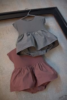 soooo cute, skirted onesie in a rich solid color. it would be easy to DIY this by sewing on a white jersey skirt to a plain white onesie and then dyeing with RIT or similar. W (Diy Ropa Men) Little Girl Fashion, Toddler Fashion, Kids Fashion, Fashion Clothes, Dress Clothes, Fashion Scarves, Fashion Ideas, Cute Kids, Cute Babies