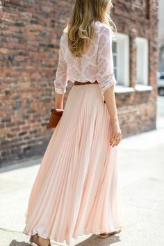 a soft romantic look, opt for a pleated maxi in a cream or blush tone and pa. - {The Cardinal Rule} -For a soft romantic look, opt for a pleated maxi in a cream or blush tone and pa. - {The Cardinal Rule} - Libby Top Ivory in Bride Looks Street Style, Looks Style, Maxi Skirt Outfits, Dress Skirt, Swag Dress, Dress Prom, Maxi Dresses, Dress Shoes, Look Fashion