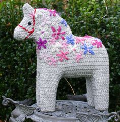 Crochet Dala horse Lousetta can you make one of these for the girls for their birthdays in September.  Maybe each one in a different color?