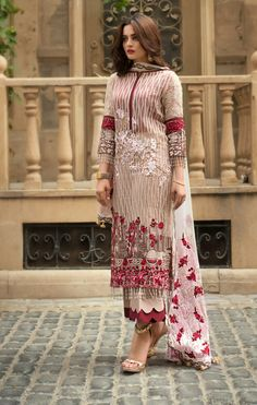 Beige palazzo kameez with dupatta. Work - Heavy embroidery work on kameez and dupatta. Matching bottom and dupatta comes with this. Beautiful Pakistani Dresses, Pakistani Formal Dresses, Pakistani Dress Design, Pakistani Outfits, Pakistani Casual Wear, Pakistani Designers, Designer Salwar Kameez, Salwar Designs, Kurti Designs Party Wear