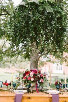 Photography: Brianna Wilbur Photography  - briannawilbur.com/ Event Planning: Laurel & Elm Events - www.laurelandelm.com/ Floral Design: Petals With Style - www.petalswithstyle.com/   Read More on SMP: http://stylemepretty.com/vault/gallery/55500