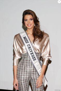 Iris Mittenaere (Miss Univers): Larmes à Lille et blagues avec François Hollande. Sylvie Tellier ...