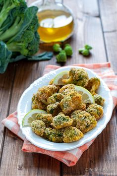 Gustosi #broccoletti impanati cotti al forno, croccanti e leggeri #ricette #broccoli #senzafrittura #vegetarian
