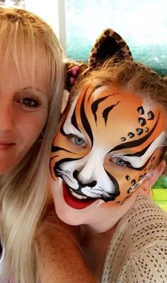 Are you new to face painting? Girl Face Painting, Belly Painting, Face Painting Designs, Kitty Face Paint, Face Paint Makeup, Animal Face Paintings, Animal Faces, Tiger Face Paints, Fantasy Make Up