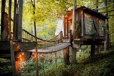 Secluded Intown Treehouse in Atlanta (Buckhead) airbnb The Places Youll Go, Places To Visit, Airbnb Rentals, Vacation Rentals, Airbnb Accommodation, Vacation List, Summer Vacations, Cabin In The Woods, In The Tree