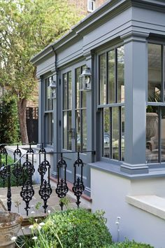 Dual Level Orangery and Rooflights Transform a London Townhouse: Conservatory by Vale Garden Houses, Eclectic Garden Room Extensions, House Extensions, Orangerie Extension, London Townhouse, London House, House Extension Design, Rustic Home Design, Exterior Design, Future House
