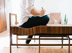 Hoje em dia fazer da nossa casa um ambiente aconchegante e divertido é essencial para não se deixar levar pelo estresse do dia a dia. Com toda a confusão que se passa lá fora, chegar em casa, tirar o sapato e relaxar em um ambiente acolhedor é reconfortante.   E o design está aí para nos ajudar com isso. Porque um produto não precisa ser...
