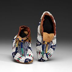 Sioux Beaded Buffalo Hide Figural Moccasins (9/20/2013 - Fall American Indian Art)
