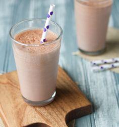 Nutella milkshake : 80 gr Nutella,  225 ml magere melk,  vanille roomijs,  eventueel 2 bananen