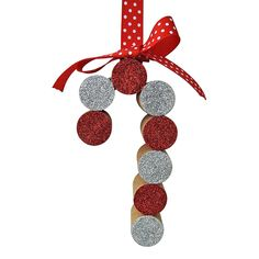 Cork Christmas Trees, Kids Christmas Ornaments, Christmas Crafts For Kids, Diy Christmas Gifts, Handmade Christmas, Holiday Crafts, Christmas Button Crafts, Holiday Ideas, Christmas Ideas