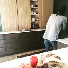 """54 curtidas, 7 comentários - gamble + DESIGN (@gambleplusdesign) no Instagram: """"More sneak peaks from the photoshoot this week with @amandaboe #kitchenremodel #kitchendesign…"""""""