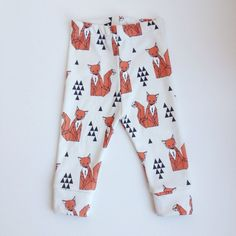 SITTING FOX LEGGINGS via Tiger Nook Designs. Click on the image to see more!