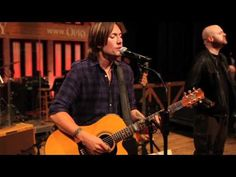 Keith takes you behind the scenes at last week's Grand Ole Opry performance and into rehearsals!