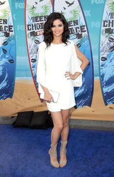 Fotos de elegantes vestidos de fiesta de Selena Gomez - Paperblog
