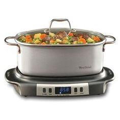 This Large capacity Versatility Cooker is perfect for family-sized meals. The 6 quart oblong cooking vessel doubles as serving dish. West Bend Slow Cooker, Best Slow Cooker, Slow Cooker Recipes, Crockpot Recipes, Cooking Recipes, Cooking Games, Yummy Recipes, Us Foods, Soups And Stews