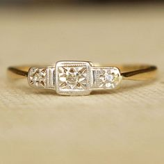 Vintage Diamond Engagement Ring!! Why, if I didn't already have one I would have this!!!