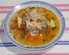 Bunătăți din bucătăria Gicuței: Supe/Ciorbe Soups And Stews, Cheeseburger Chowder, Thai Red Curry, Soup Recipes, Homemade, Cooking, Ethnic Recipes, 52 Weeks, Zucchini