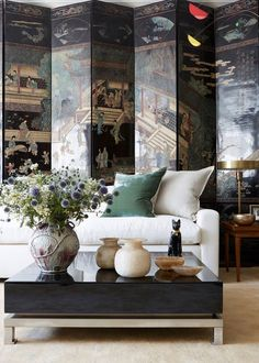 New York City based interior designer Alexander Doherty is out there making traditional, classical design cool for those who like a dash of elegance in their homes. Timeless and sophisticated, with so