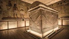 fotos raras de tumbas antiguas en el interior que desafían la estricta prohibición de fotografía