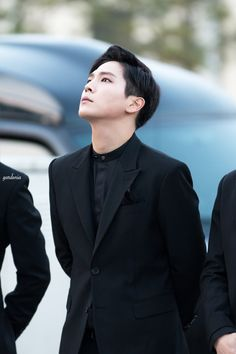 《 B.A.P • Himchan 》he's looking up to find the sun, but what he doesn't realise is, he is the sun