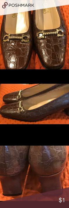 6b188e3a85155 36 Best Ferragamo shoes images in 2017   Vintage fashion, Vintage ...