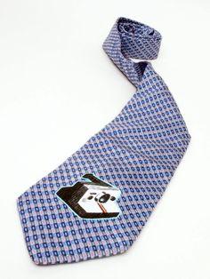 Polaroid camera - Old style necktie