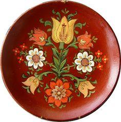 Σ' αυτό το πήλινο πιάτο αποτύπωσα ένα μοτίφ εμπνευσμένο από τη λαϊκή τέχνη Spoon Rest, Plates, Tableware, Kitchen, Licence Plates, Dishes, Dinnerware, Cooking, Plate