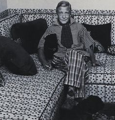 The Duke of Windsor. Print on print. On print. Who said he was a dapper dresser? Some of his outfits are SCANDALIST!