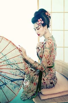 Gijo ( Gijo ) , it courtesan or geisha in China ] . A prostitute , also… Japanese Beauty, Japanese Fashion, Asian Fashion, Asian Beauty, Modern Fashion, Chinese Fashion, Floral Fashion, Fashion Art, Asian Style