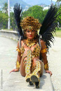 Diana Prado Musa da São Clemente , Rainha do Santa Marta