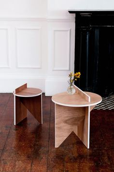 BCXSY : Contrast stool and side table | FLODEAU
