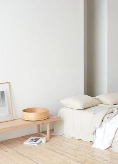 Scandinavian style is one of the most popular styles of interior design. We advise how to decorate a bedroom in a Scandinavian style. Bedroom in Scandinavian Style is… Continue Reading → Interior Design Examples, Modern Home Interior Design, Scandinavian Interior Design, Minimalist Interior, Scandinavian Style, Interior Design Inspiration, Scandinavian Bedroom, Design Ideas, Stylish Interior