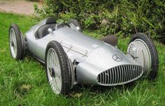 This thread is for pictures of cars that would make good looking Cyclekarts. I found a couple of these.... For 3 wheelers and other non-spec Cyclekart inspiration photos, please post in the Custom Karts Forum here: