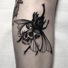 Tattoo By Mikeshawtattoo Traditional Traditionaltattoo Traditionalartist Oldtattoo Oldschooltattoo T Mini Tattoos, Tiny Bird Tattoos, Leg Tattoos, Black Tattoos, Body Art Tattoos, Small Tattoos, Sleeve Tattoos, Cool Tattoos, Floral Skull Tattoos