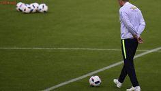 Após suspensão e lesão, Tite chamará mais dois jogadores