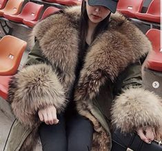 Fur Trim, Collars, Fur Coat, Womens Fashion, Jackets, Beauty, Coats, Fur, Down Jackets