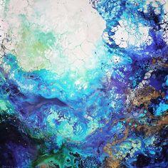 As pinturas abstratas energéticas de Emma Lindström