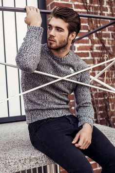 Cardigans for a Stylish Man Style Casual, Casual Outfits, Men Casual, Man Style, Look Fashion, Mens Fashion, Style Masculin, Men's Wardrobe, Lookbook