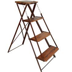 Houten ladder rek. www.blockdesign.nl