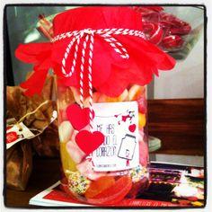 tarrina gigante de chuches para san valentín porque me has robado mi corazón #ilovechuches #enamorados