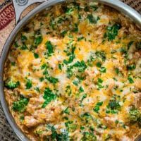 One Pot Cheesy Chicken Broccoli Rice Casserole - Jo Cooks Cheesy Chicken Rice Casserole, Fall Casseroles, Cauliflower Dishes, Riced Cauliflower, Easy Chicken Fajitas, Homemade Fajita Seasoning, Jo Cooks, Cooking Recipes, Chile