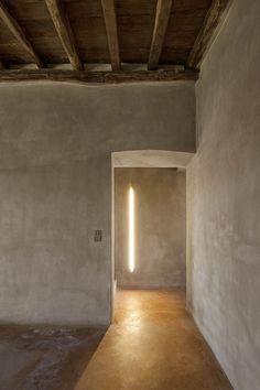Gavi Ligure, Italia Recupero di Cascina un edificio rurale del XVIII. Sp10 Architects